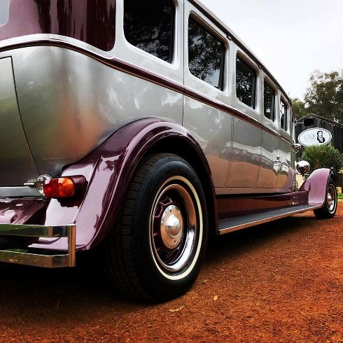 truly-a-stunning-limo